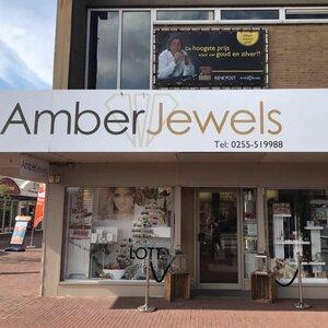 Amber Jewels image 2