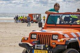 Zwemmer gereanimeerd op het strand van IJmuiden