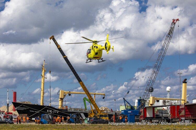 Man gewond na val van hoogte Monnickendamkade IJmuiden