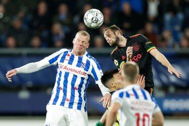 Ajax moeizaam, maar terecht langs SC Heerenveen