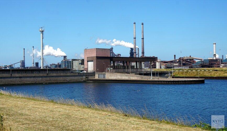 Tata Steel betaalt voor schoonmaken stof in IJmuiden