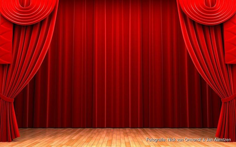 Karin Bloemen pakt weer ouderwets uit in nieuwe show