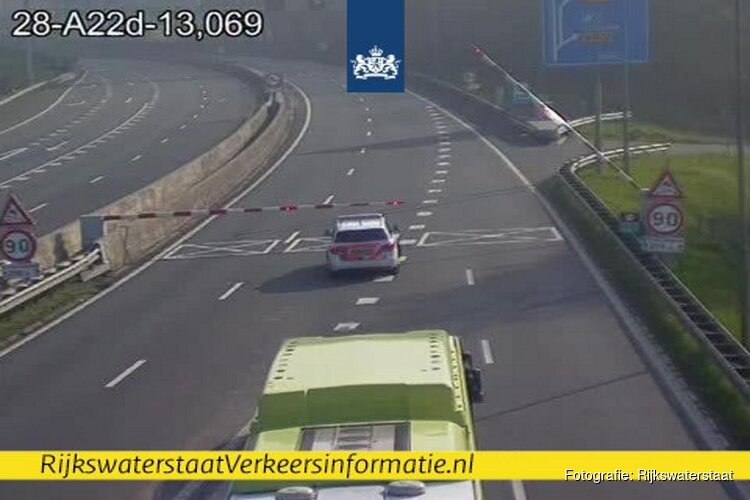 Flinke botsing in Velsertunnel: voorlopig in beide richtingen dicht