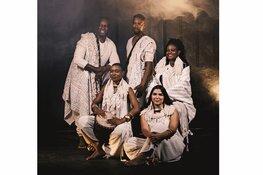 Afrikaanse stemmen zingen Bach's Mattheus - Cape Twon opera chorus