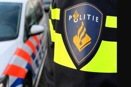 Drive-by schietpartij in IJmuiden, agenten in kogelwerende vesten zoeken twee verdachten