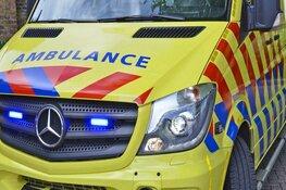 Man gewond door val in huis: traumaheli landt langs provinciale weg Velsen-Zuid