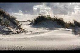 Struinen door de stuivende duinen