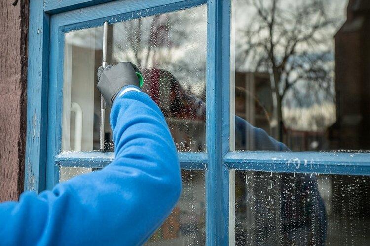 Schoonmaakbedrijf Rolink is op zoek naar personeel voor in de avonduren