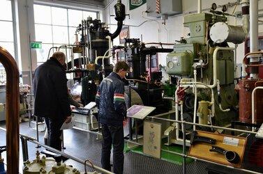 Motorendraaimiddag in het IJmuider Zee- en Havenmuseum