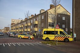 Scooterrijder lelijk gewond bij botsing in IJmuiden